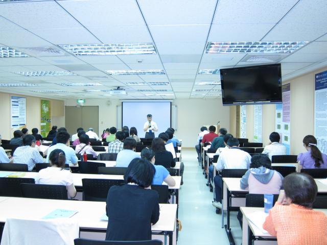 本會於六月份(06月12日、06月26日、07月03日)舉辦一系列25小時持續教育課程