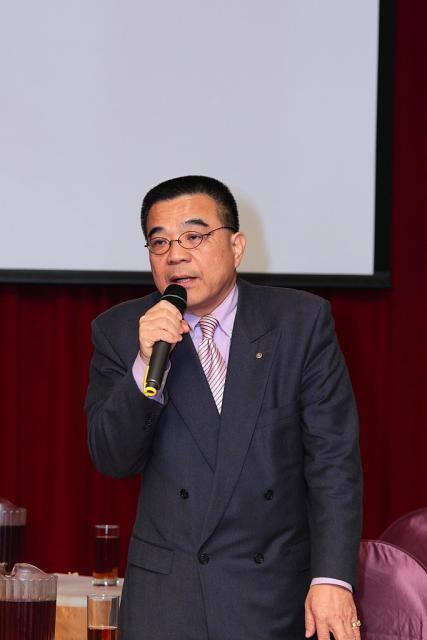 台灣醫療品質促進聯盟連瑞猛理事長蒞臨大會並給予指導,連理事長希望藥師公會幹部們能看的遠,走在時代的前端,不應劃地自限